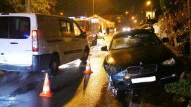 acidente-contra-semaforo-de-obra-bairros